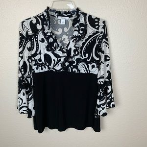 Dressbarn Black & White Top S